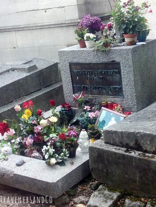 TravellersandCo-cementerio Pere-Lachaise-Jim Morrison