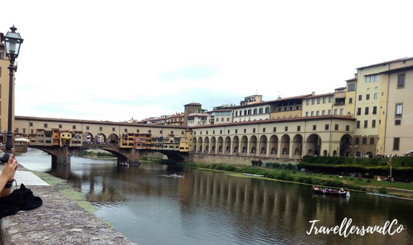 Florencia-Ponte-Vechio-TravellersandCo copia