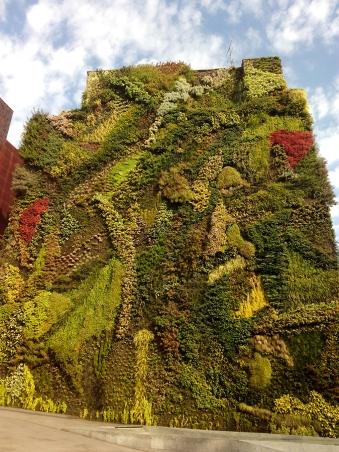 Jardín Vertica de CaixaForum. TravellersandCo