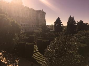 Jardines Sabatini Madrid by TravellersandCo