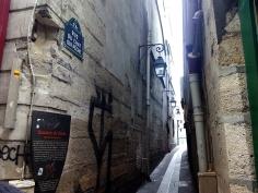Rue le chat qui peche. París by TravellersandCo