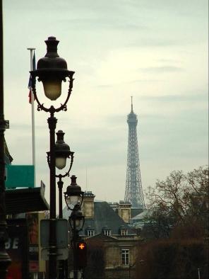 Callejeando y descubriendo la Torre Eiffel. París by TravellersandCo