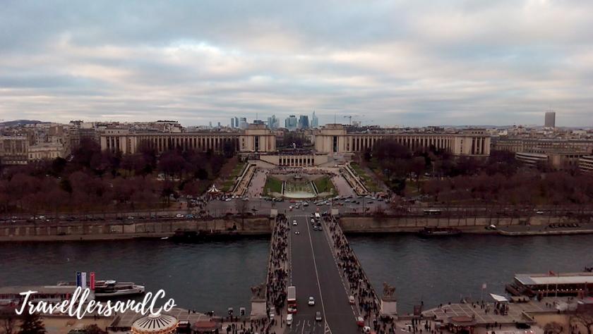 Vistas de La Defense desde la Torre Eiffel-TravellersandCo-Paris.jpg