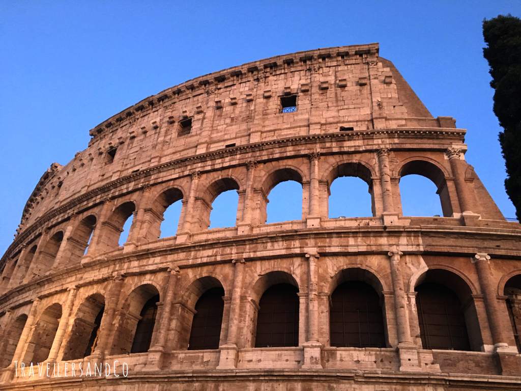 Coliseo de Roma by TravellersandCo.jpg