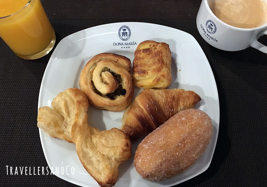 Desayuno Doña María Sevilla by TravellersandCo .jpg