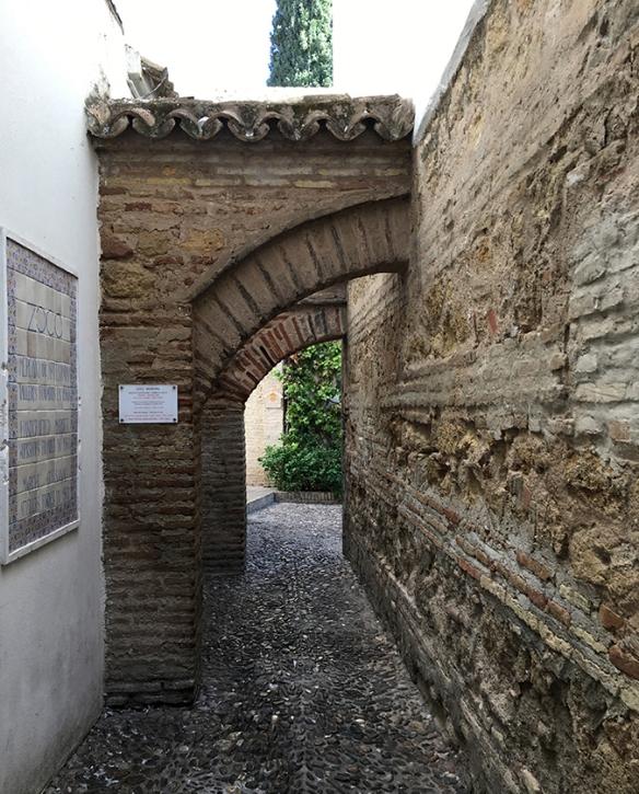 Entrada al Zoco de Córdoba by TravellersandCo