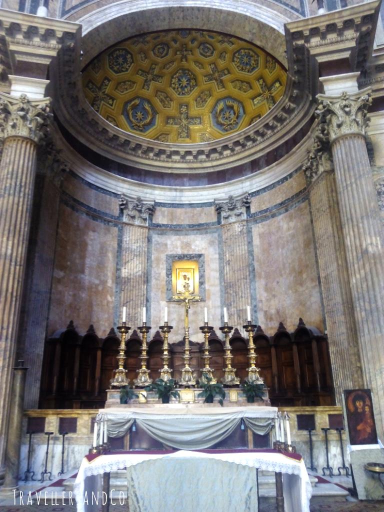 Panteón de Roma by TravellersandCo.jpg