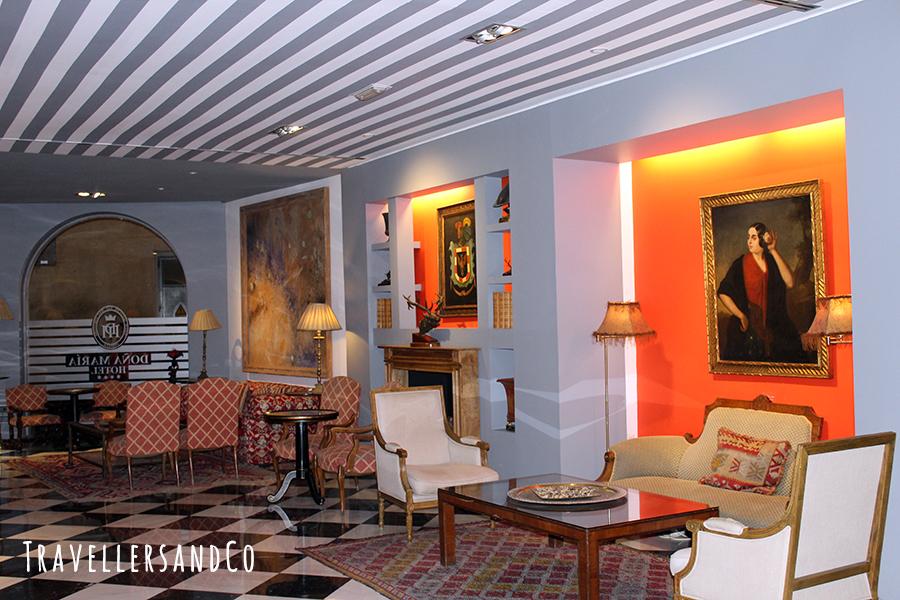 Recibidor Hotel Doña María.jpg