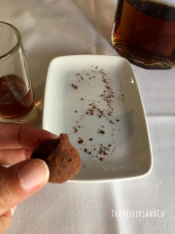 Trufas de la pasión Restaurante Palangreros by TravellersandCo copia