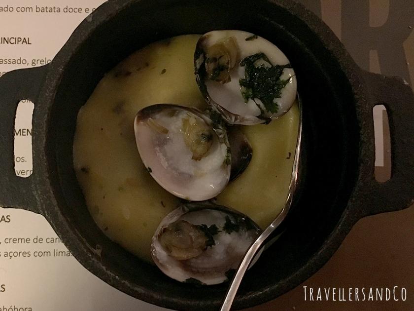 Almejas con puré_TravellersandCo_Restaurante_Cristiano_Ronaldo_Lisboa.jpg