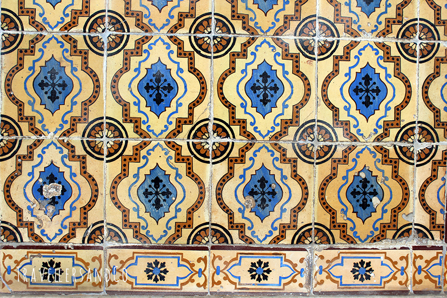 Azulejos_Lisboa_Portugal_TravellersandCo.jpg