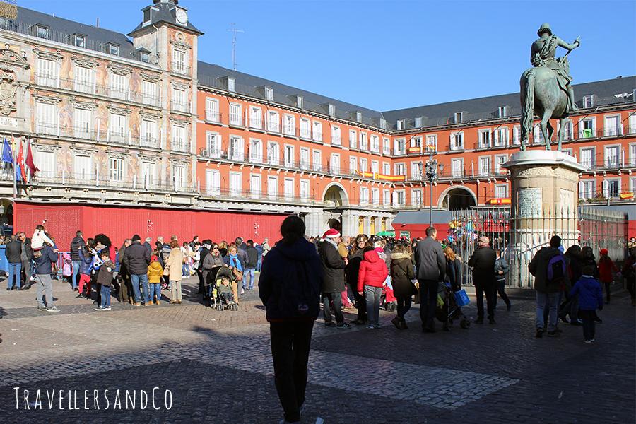 Plaza Mayor_Navidad_Madrid_travellersandCo.jpg