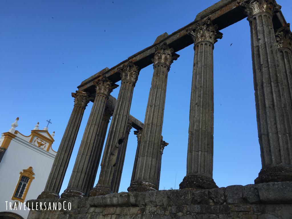 Templo de Diana Evora by TravellersandCo.jpg