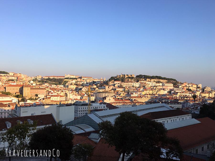 Vistas desde el Mirador de São Pedro de Alcântara_TravellersandCo_.jpg