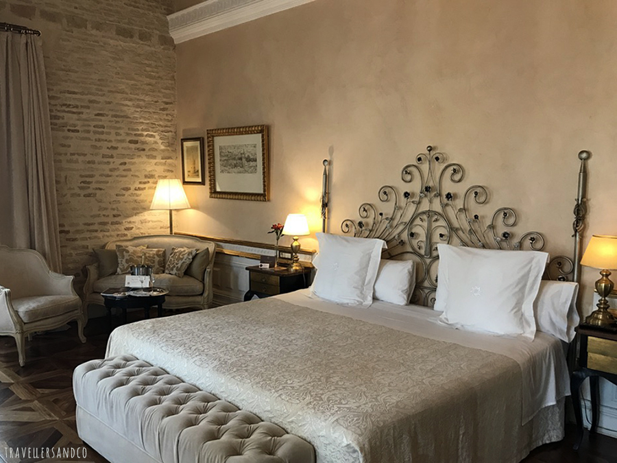hotel-1800-sevilla-travellersandco-4.jpg